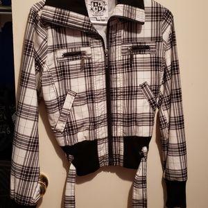 Short woman jacket